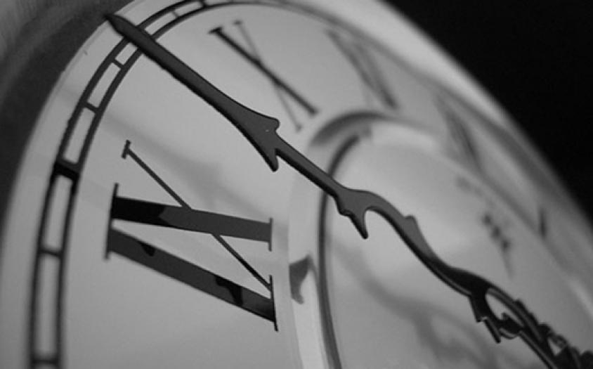Връщаме часовника един час назад в неделя